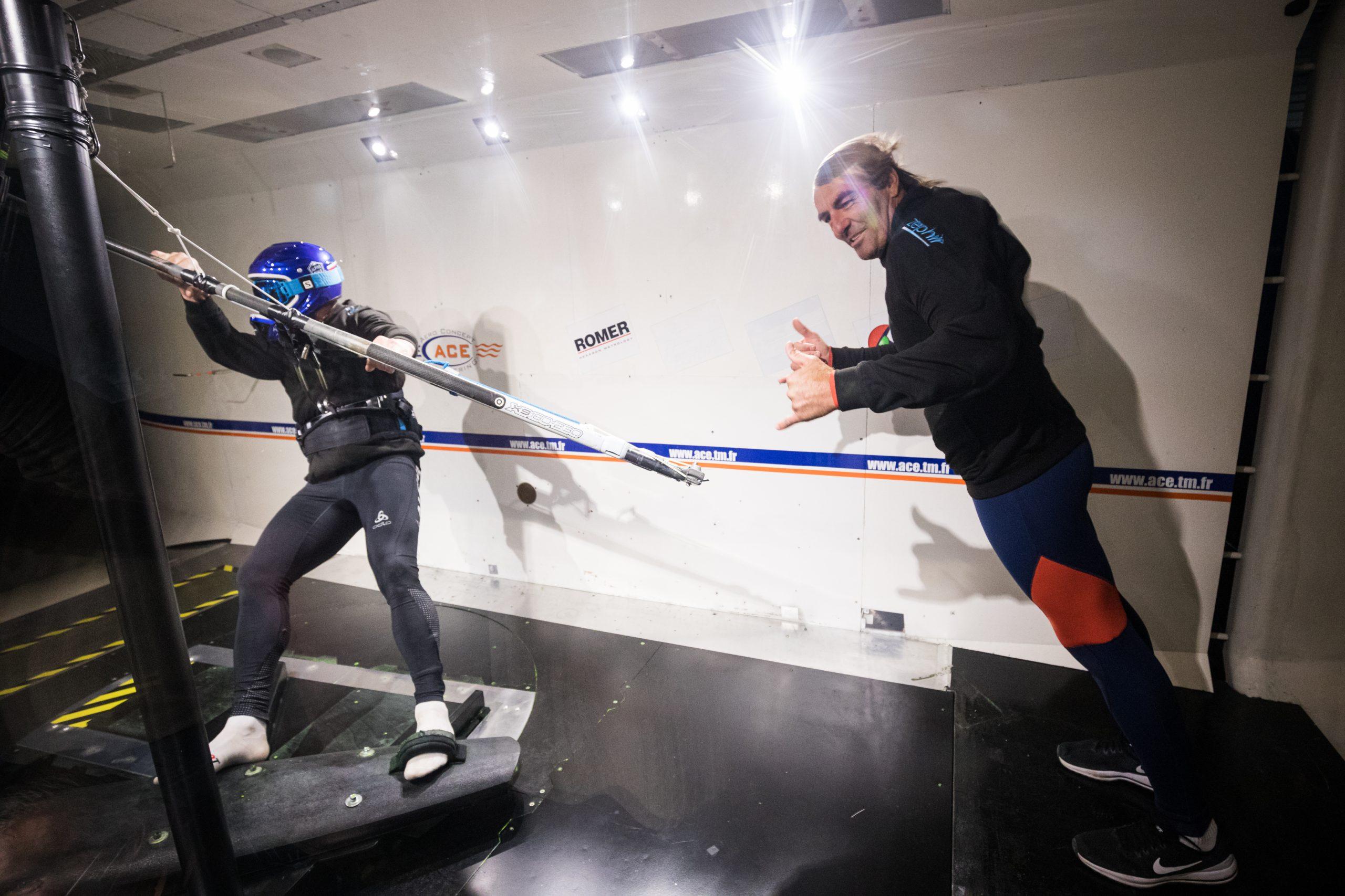 Antoine Albeau et Eric Barone dans la soufflerie de Magny-Cours-Cours Zephir Project